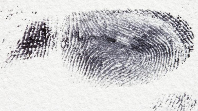 بصمات أصابع علوم جنائية جريمة