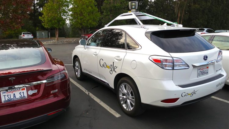 سيارة ذاتية القيادة, حوادث جوجل, تسلا, تقنية, ذكاء اصطناعي