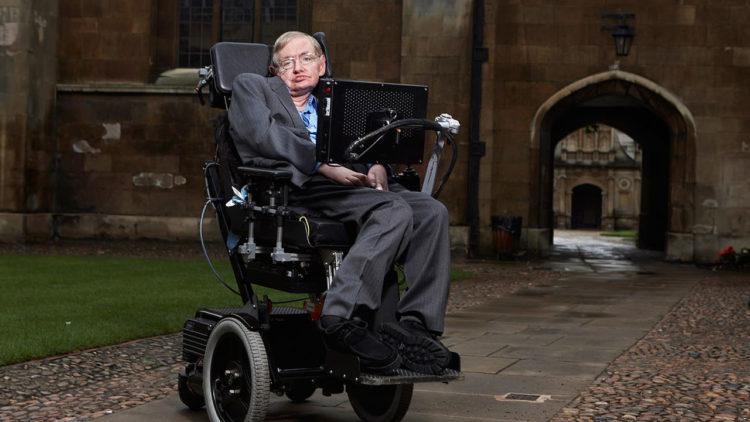 ستيفن هوكينج, عالم فيزيائي, كونيات, جامعة كامبريدج, بريطانيا, فضاء