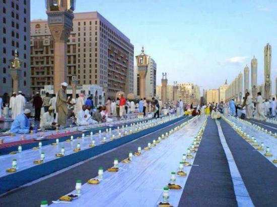 موائد الرحمن، السعودية، رمضان