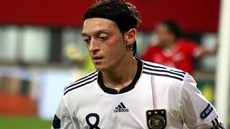 مسعود أوزيل، كرة القدم، ألمانيا