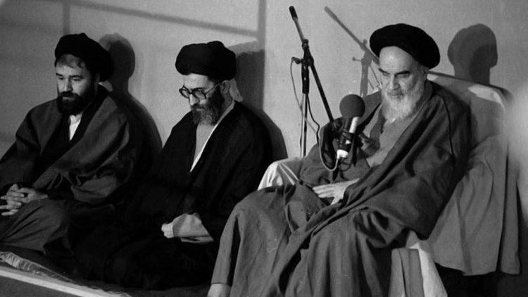 آية الله الخميني، علي خامنئي، أحمد خميني، إيران