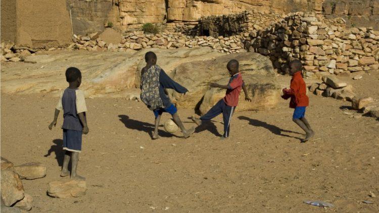 كرة القدم, مالي, إفريقيا, كرة القدم الإفريقية, الدين, السحر