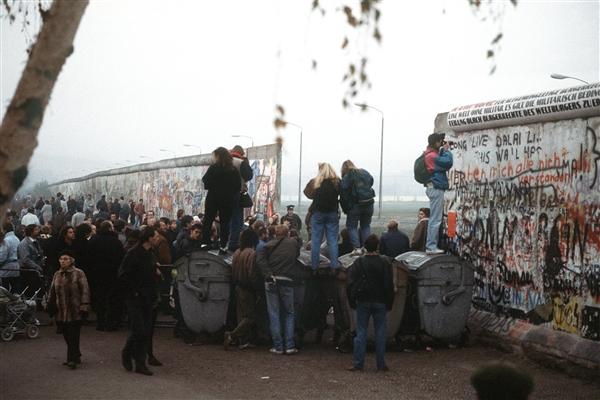 جدار برلين, ألمانيا