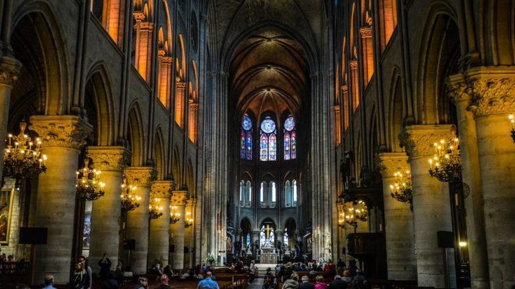 كاتدرائية نوتردام, فرنسا, تاريخ