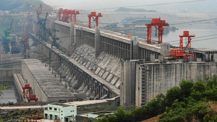 سد الممرات الثلاثة، الصين، طاقة، كهرباء