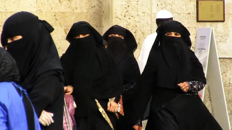 السعودية، نساء، فتيات هروب
