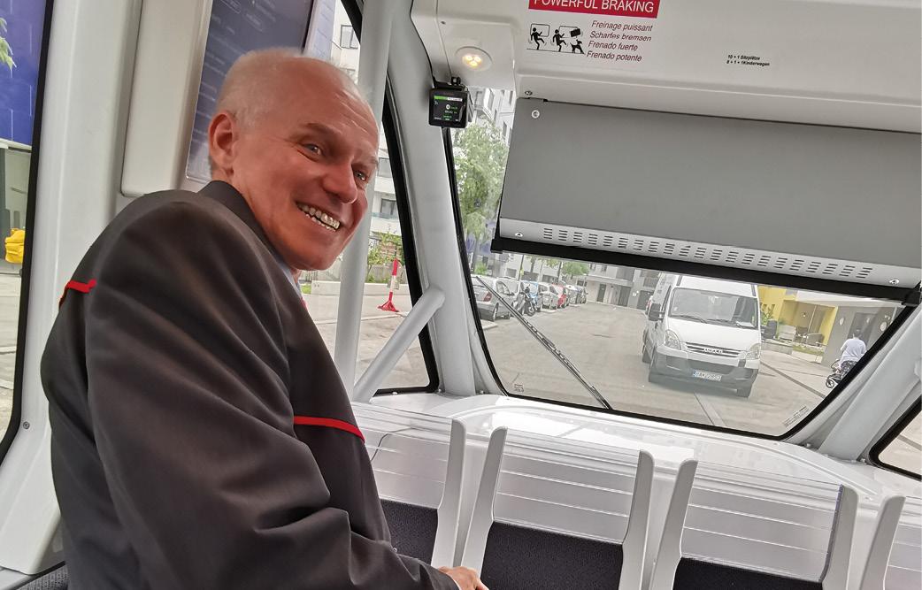 fahrerloser Bus in der Seestadt