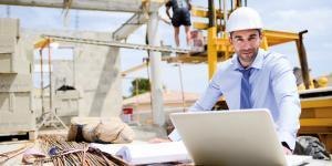 Baumeister auf Baustelle