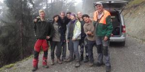 Jugendliche und Gemeindemitarbeiter
