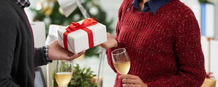 Weihnachtsgeschenke An Mitarbeiter Steuerfrei.Weihnachtsgeschenke An Dienstnehmer Kommunal