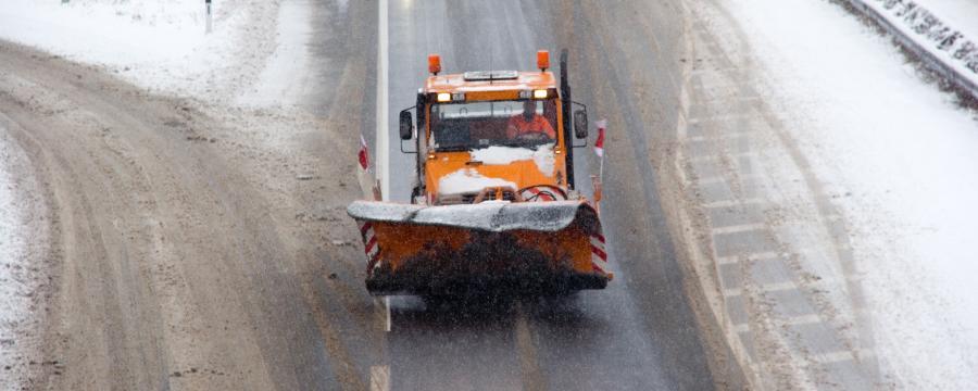 Salzstreuung auf der Autobahn