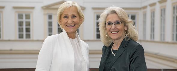 Sonja Ottenbacher und Roswitha Glashüttner