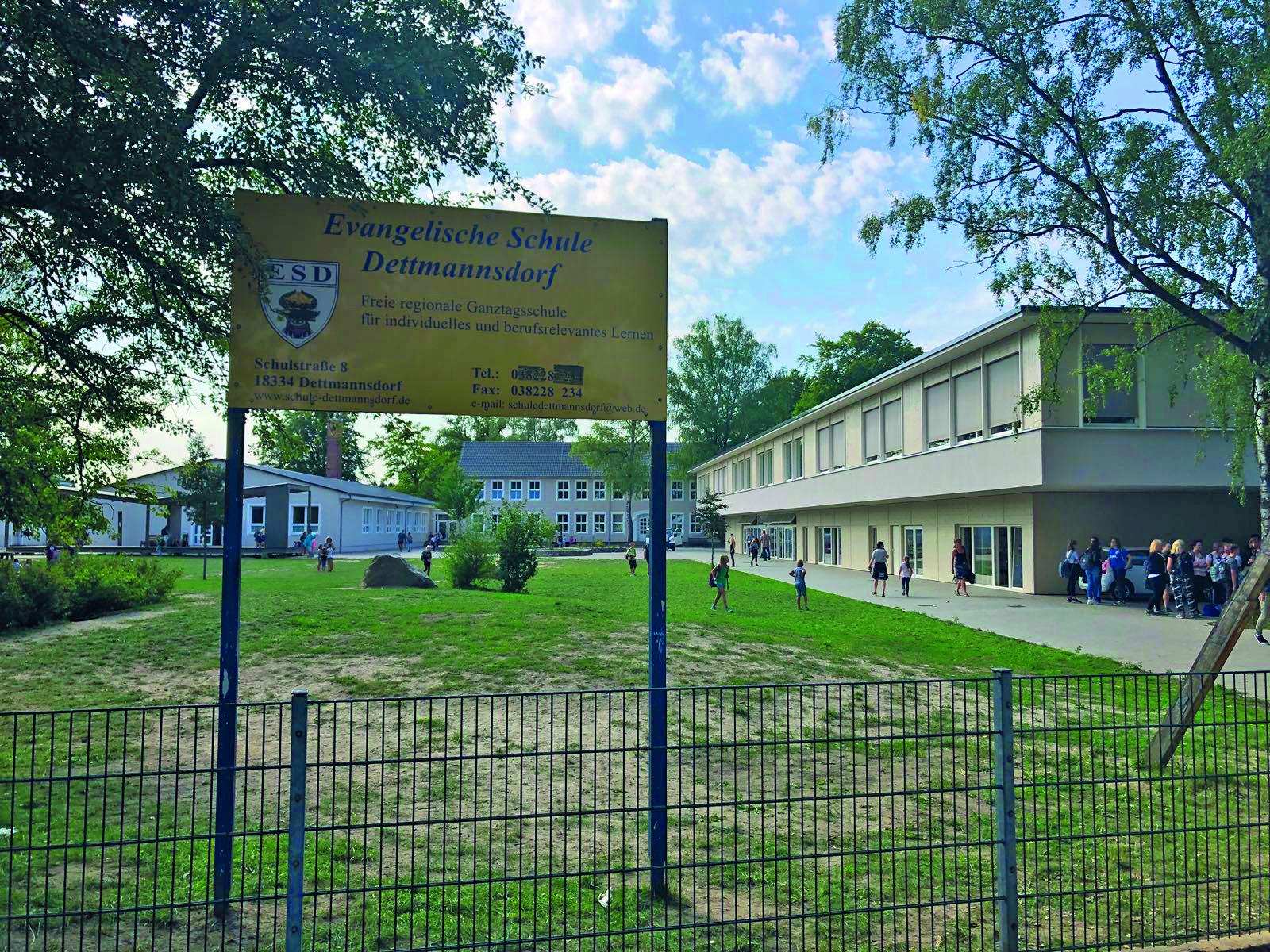 Die Schule von Dettmannsdorf