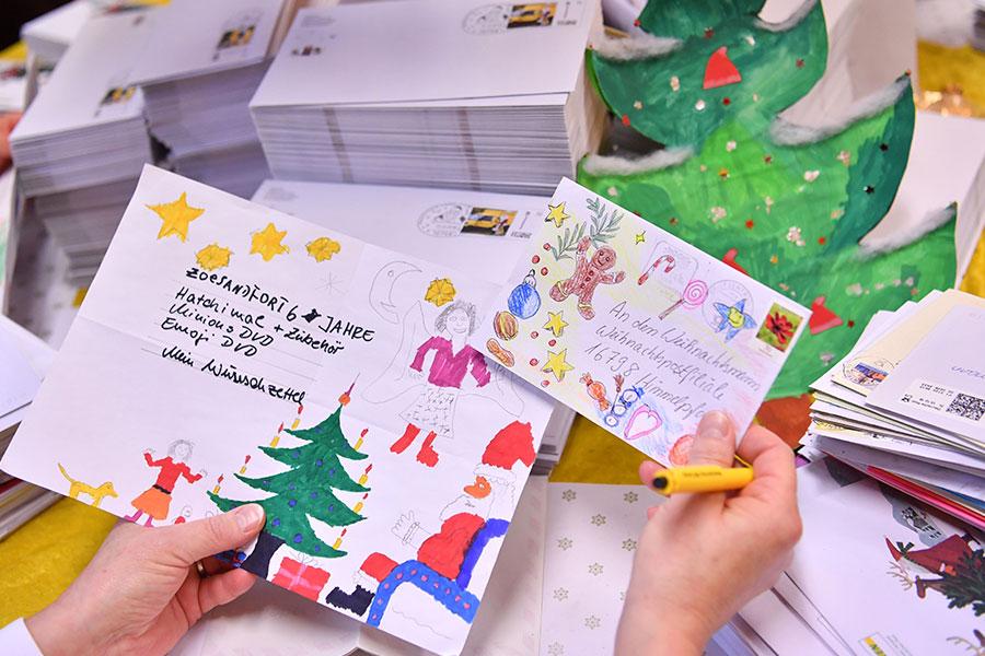 Weihnachtspostfiliale Briefe