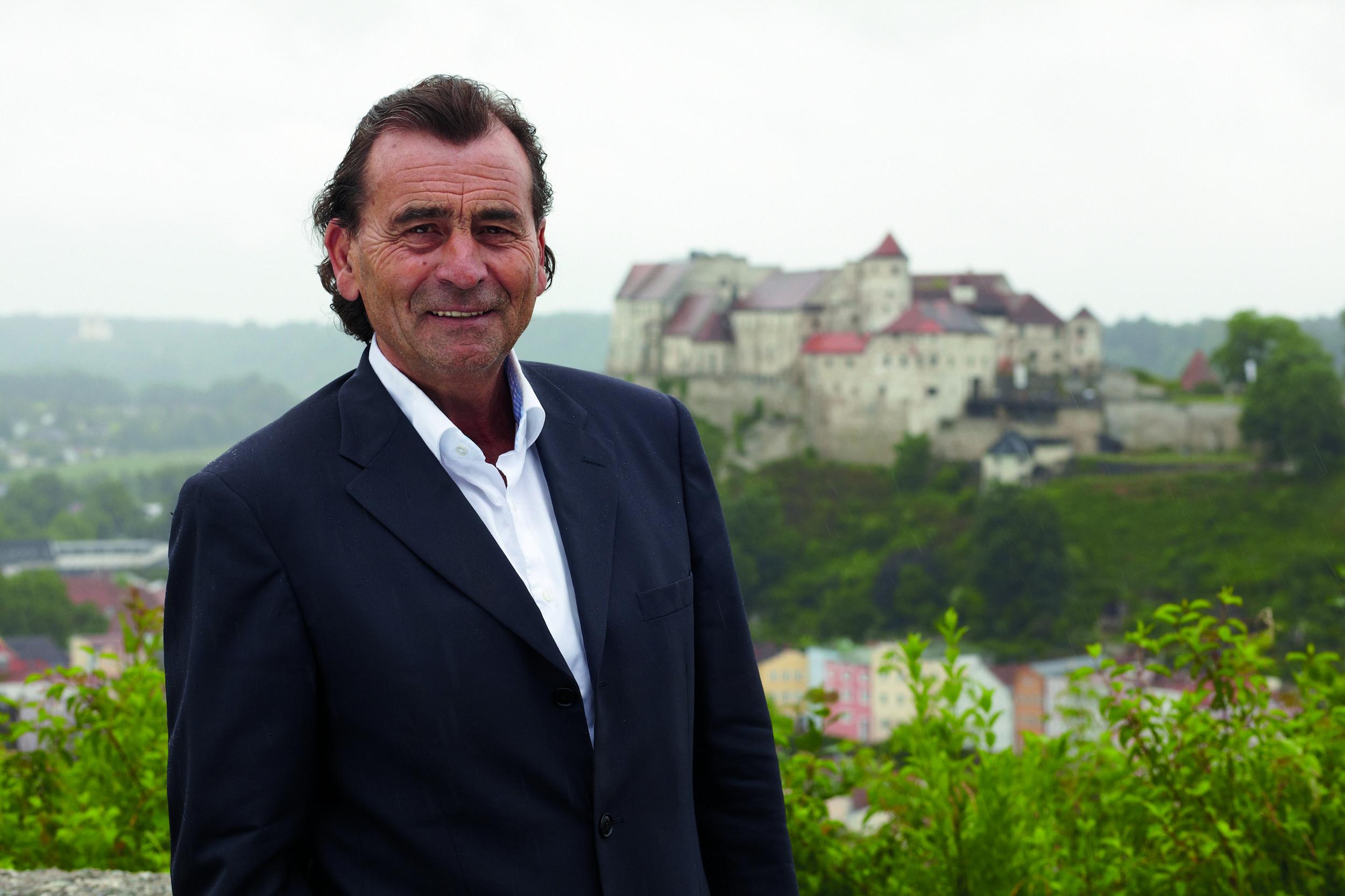 Hans Steindl, Erster Bürgermeister der Stadt Burghausen spricht in KOMMUNAL über Kultur