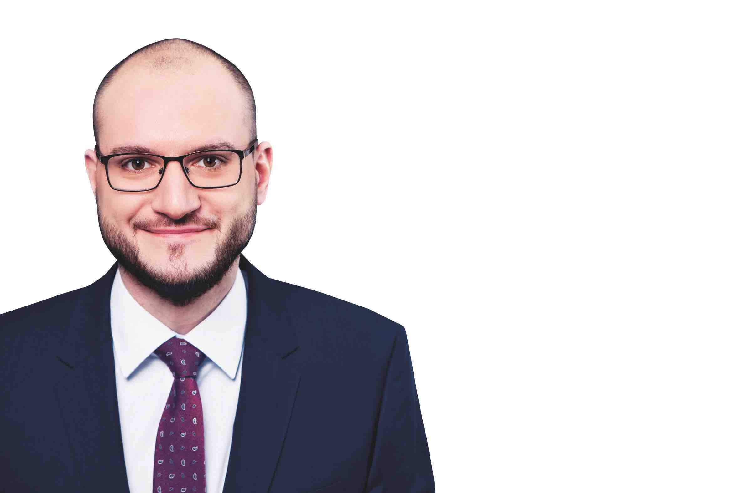Janosch Neumann ist Fachanwalt für Öffentliches Recht bei der Sozietät Heinemann & Partner in Essen.