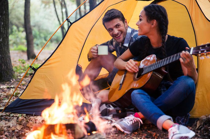 Feuer machen im Wald - gerade bei Trockenheit ist das strengstens verboten!
