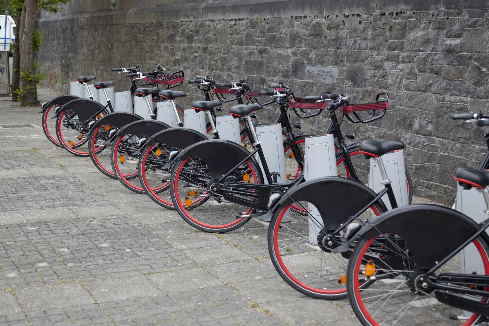 Mobilität: Manche Leihfahrräder müssen an Stationen ausgeliehen und zurückgegeben werden