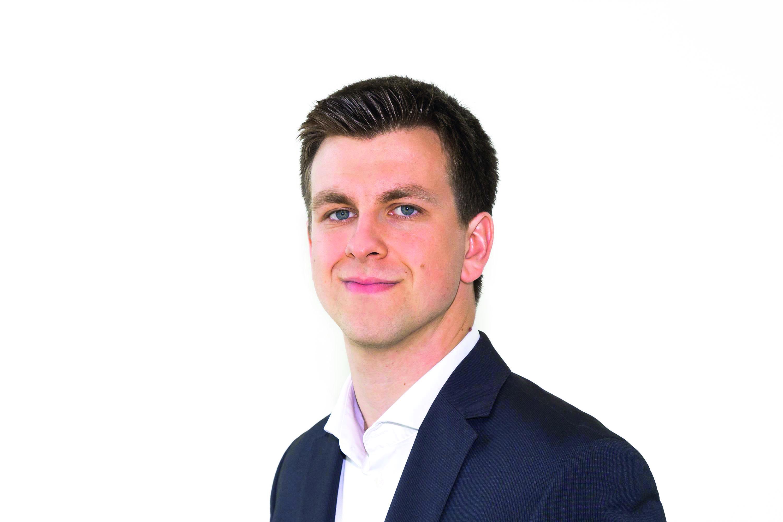 """Sebastian Blesse arbeitet am ZEW Mannheim im Forschungsbereich """"Unternehmensbesteuerung und Öffentliche Finanzwirtschaft""""."""