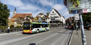 In Tübingen ist der ÖPNV an Samstagen kostenlos.