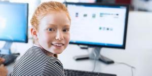 """Das Digitalpaket bringt in vielen Kommunen WLAN auch in die Schulen - doch einige Strahlenexperten warnen massiv vor den Langzeitfolgen. Was ist dran am Mythos """"WLAN-Strahlung""""?"""