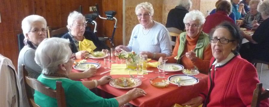 Nachbarschaftshilfe konkret: Ein Seniorennachmittag in Jülich