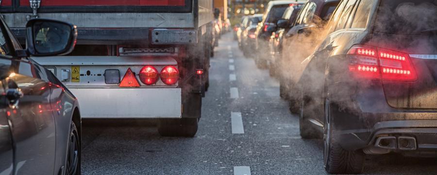 Schäden auf kommunalen Straßen entdecken - mit künstlicher Intelligenz