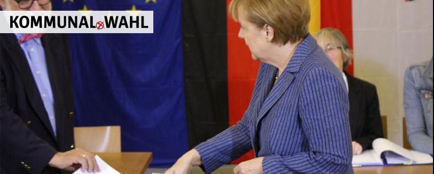 Wahlhelfer mit Angela Merkel
