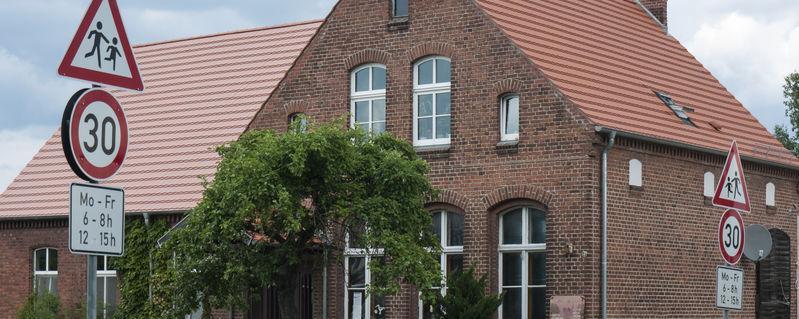 Dorfschule in Märkisch Linden, Gottberg, Ostprignitz-Ruppin