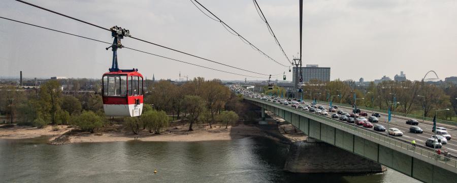 Urbane Seilbahn in Köln