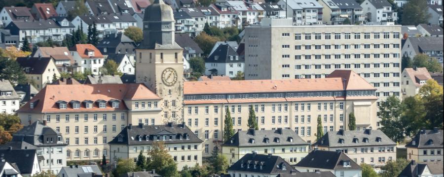 Die Verwaltung soll digital werden - dabei müssen die Mitarbeiter auf dem Weg mitgenommen werden - ein Vorzeigeprojekt gibt es bereits in Arnsberg im Sauerland