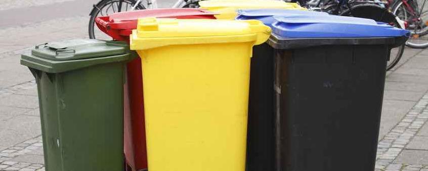 Die Kommune hat kein Klagerecht gegen gewerbliche Sammlungen etwa der Papiertonne, hat ein Gericht entschieden. Nun will der Bundesgesetzgeber die Rechtssprechung korrigieren - mit Auswirkungen auf den Müllpreis!