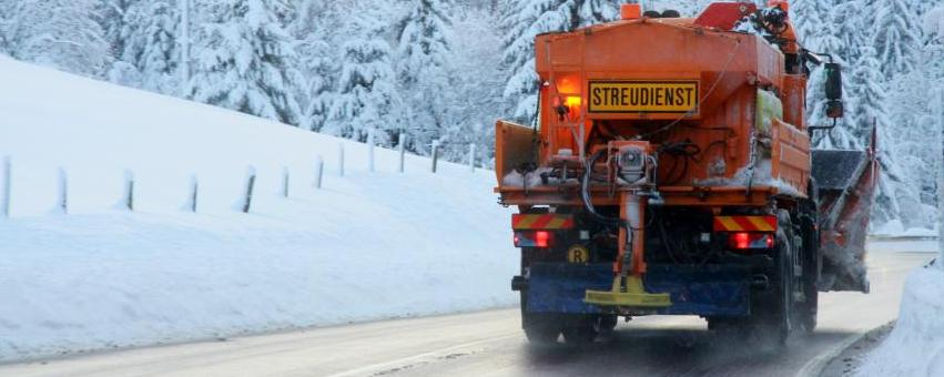 Winterdienst nutzt Gurkenwasser statt Streusalz - Nachhaltig
