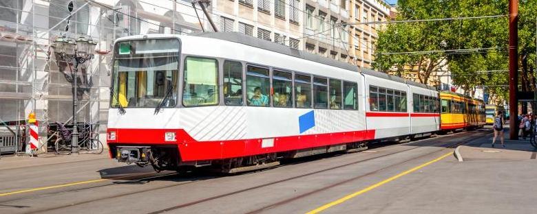 ÖPNV: Verkehrssicherheit Haltestellen