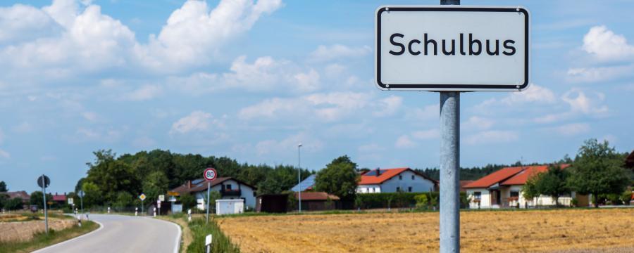 Schulbus-Schild