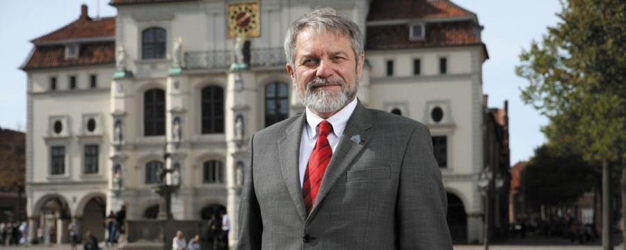 """Ulrich Mägde ist Verhandlungsführer bei den Tarifverhandlungen für die Kommunen - er fordert einen """"Pakt der Vernunft"""""""
