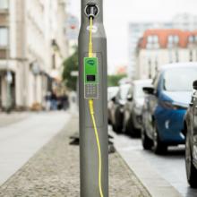 E-Mobilität in Berlin soll durch Straßenlaternen mit Ladesystem ausgebaut werden