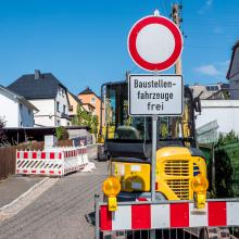 Straßenausbaubeiträge bleiben Streitthema in NRW.