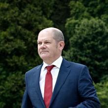 Olaf Scholz stellt in Aussicht, dass der Bund einen Teil der kommunalen Kassenkredite übernimmt.