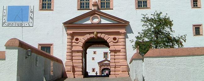 Will raus aus dem Lockdown: Blick auf das Schloss über Augustusburg