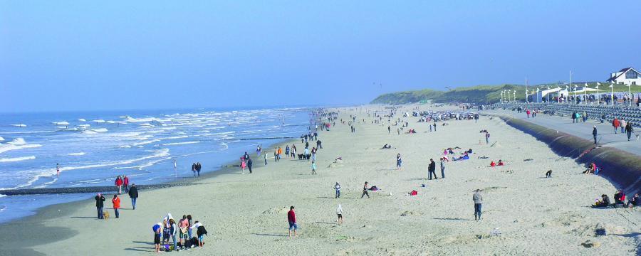 Strand von Norderney ist ein beliebtes Ziel auch für Tagestouristen.