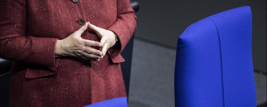 Die Ministerpräsidenten der Länder schalten sich zum Corona-Lockdown Gipfel heute wieder mit der Kanzlerin Merkel zusammen
