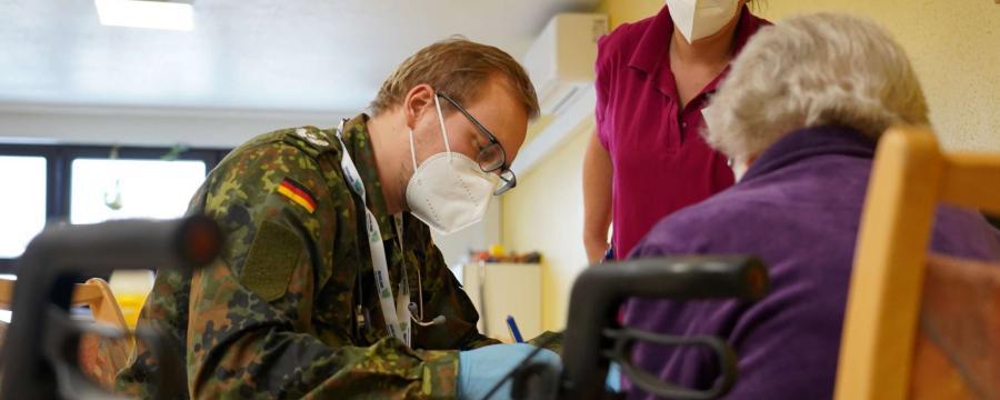 Bundeswehr impft.