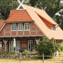 Das Einfamilienhaus wird künstlich teurer gemacht, hatte Christian Erhardt behauptet - die Bundesstiftung Baukultur sieht das anders - eine Replik!