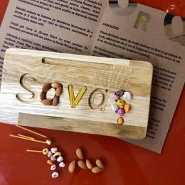 Placa din lemn cu nume pentru invatarea scrisului Oak Toys