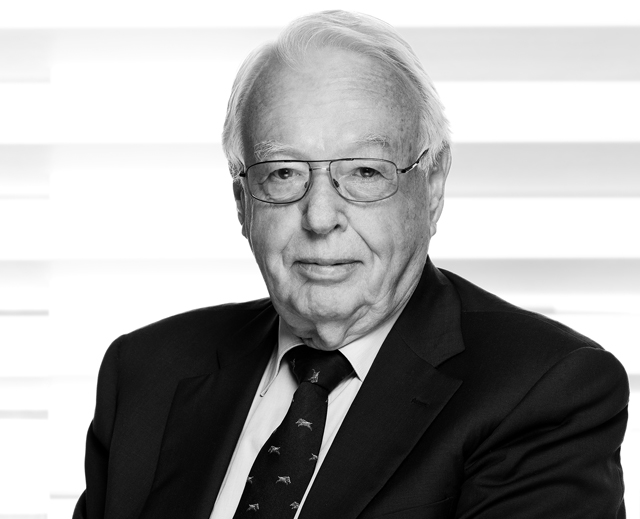 Dr. iur. Rainer Hess