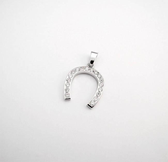 pendant horseshoe white gold