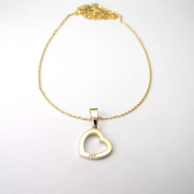 pendentif coeur or jaune diamant sur chaîne