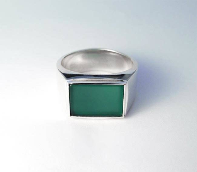 green agate signet ring